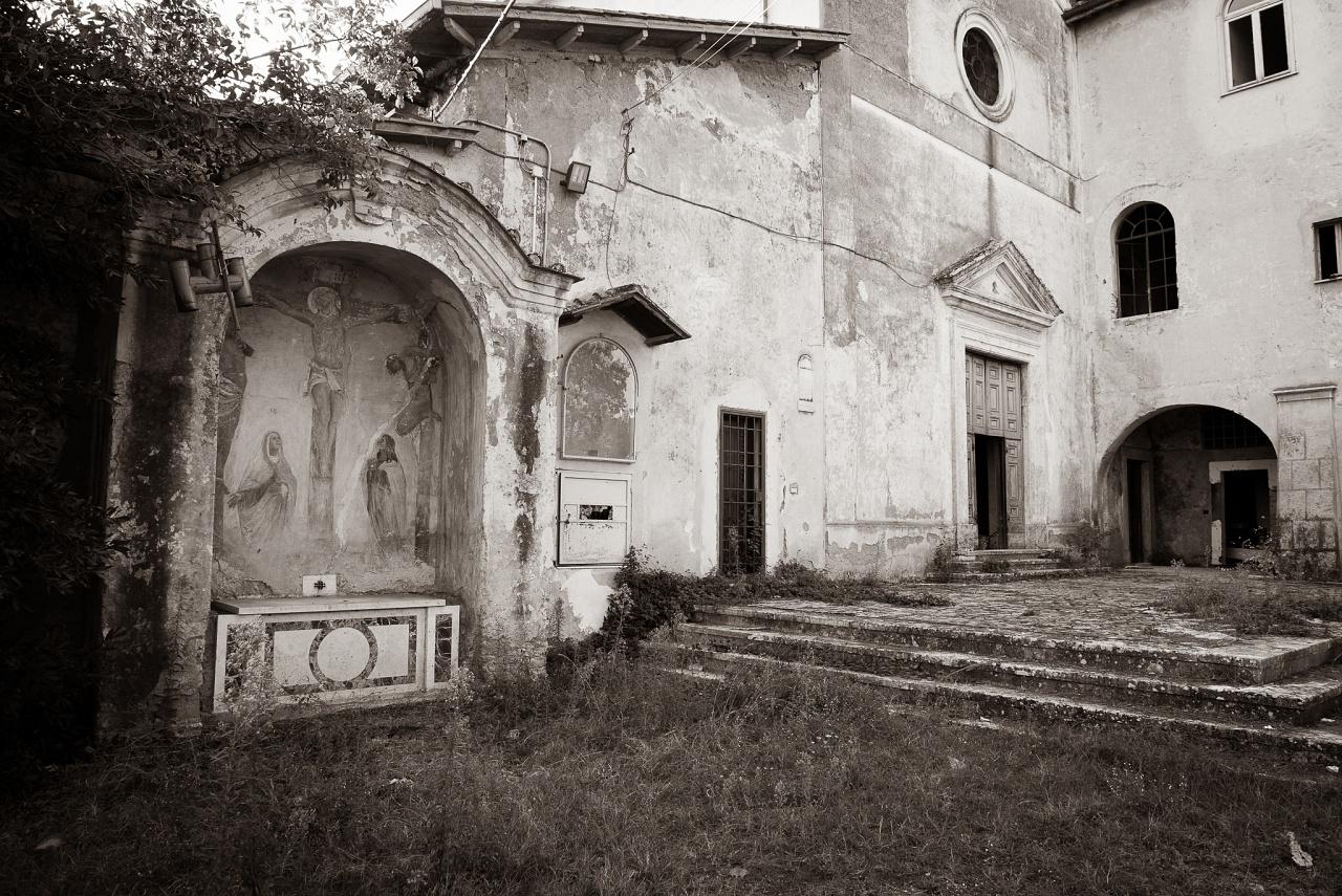 mia venus nel convento abbandonato